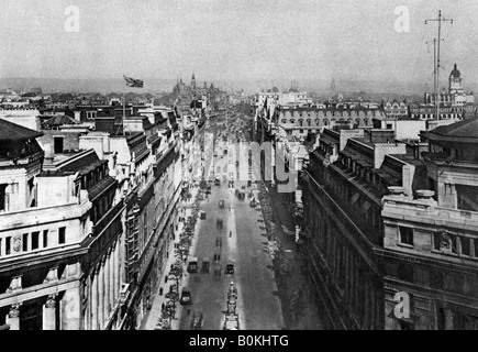 On the roof of Bush House, looking from Kingsway towards the nothern hights, London, 1926-1927. - Stock Photo