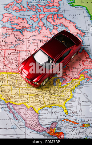 Car on US map - Stock Photo