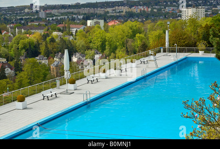 opel bad swimming pool above the villa district of wiesbaden stock photo 17666346 alamy. Black Bedroom Furniture Sets. Home Design Ideas
