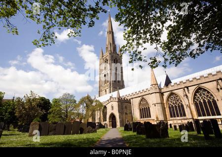 UK England Lincolnshire Grantham St Wulframs church and churchyard - Stock Photo