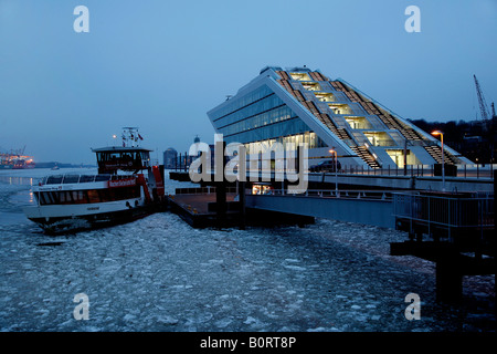 The ultra-modern architecture of the office building 'Dockland' of the architects Bothe, Richter, Teherani BRT at - Stock Photo