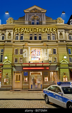 The St. Pauli Theatre and the well known police station Davidwache at the Reeperbahn in the red light district of - Stock Photo