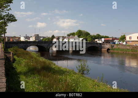looking down from bridge over the river moy in ballina county mayo republic of ireland - Stock Photo