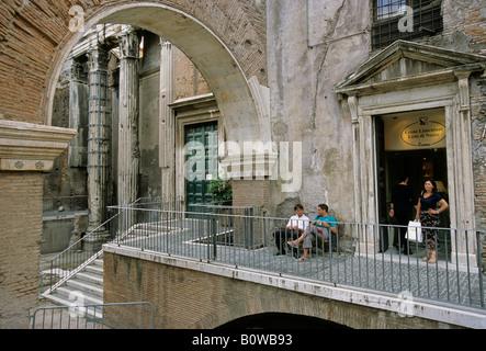 Octavia Portico, Church Sant'Angelo in Pescheria, furniture shop, Rome, Latium, Italy - Stock Photo