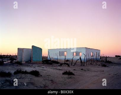 Baja California, Mexico, Latin America, An abandoned building in the desert - Stock Photo