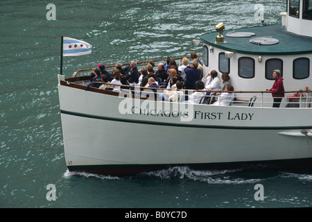 CHICAGO'S FIRST LADY takes tourists on the architectural and historic Cruise along the Chicago River, USA, Illinois, - Stock Photo