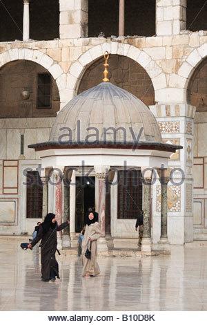 Umayyad mosque (708-715), Damascus, Syria - Stock Photo