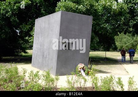 Berlin memorial to gay victims of nazis tiergartedn germany deutschland travel tourism - Stock Photo