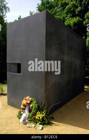 homosexual tribute germany deutschland tiergarten - Stock Photo
