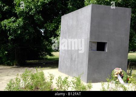 Berlin memorial to gay victims of nazis - Stock Photo
