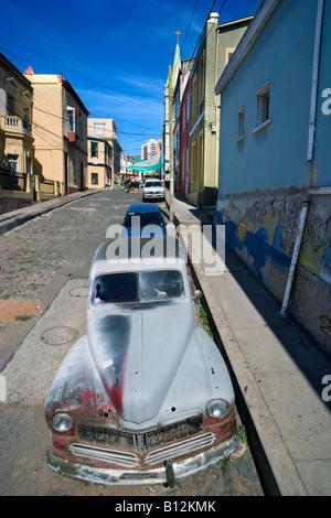 1947 MERCURY EIGHT COUPE AUTOMOBILE (©FORD MOTOR COMPANY 1947) CALLE TEMPLETON CERRO ALEGRE VALPARAISO CHILE - Stock Photo