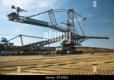 60m high dragline in a brown coal surface mine near Profen East Germany - Stock Photo