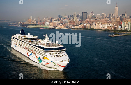 The Cruise Ship Norwegian Dawn Leaving New York City Past The - What cruise ships leave from nyc