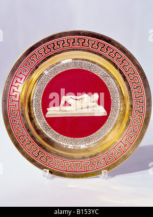 fine arts, porcelain, plate, series with gold plating, onyx series, warrior, hit by arrow, Nymphenburg Porcelain - Stock Photo