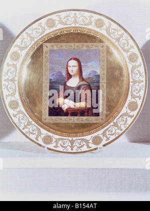 fine arts, porcelain, plate, series with gold plating, 'Mona Lisa', based on Leonardo da Vinci (1452 - 1519), Nymphenburg - Stock Photo