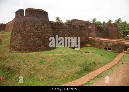 The walls and main gate of Bekal Fort near Kasaragod in Kerala, India. The fort dates back to the 17th Century. - Stock Photo