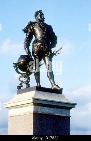Plymouth Hoe Sir Francis Drake Statue England UK English navigator explorer Elizabethan period age - Stock Photo