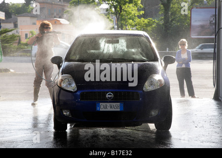 Wash your car yourself stock photo 37983389 alamy snow outside and clos washing car in do it yourself car wash stock photo solutioingenieria Images