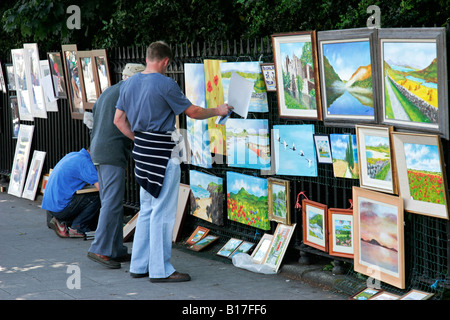 Art artists paintings pictures on Bayswater Road Exhibition Road Rd