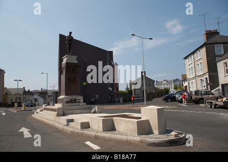 enniskillen war memorial and clinton centre site of the poppy day remembrance day bombing in enniskillen county - Stock Photo