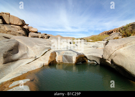 geography / travel, Algeria, landscapes, Ahaggar Mountains, Guelta Afilal in granite rocks, water basin near Tamanrasset, - Stock Photo