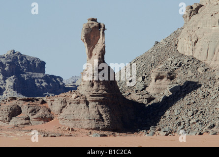 geography / travel, Algeria, landscapes, Tadrart Mountain, rock column, Additional-Rights-Clearance-Info-Not-Available - Stock Photo