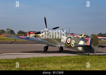 British World war Two fighter aircraft Spitfire Mark IXB MH434 at Biggin hill Air Fair June 2008 - Stock Photo