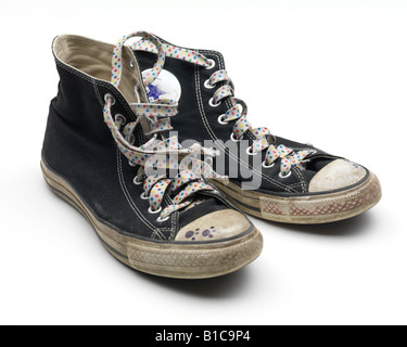 Star Crest  Basketball Shoes