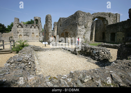 City of Winchester, England. The ruined remains of Wolvesey Castle which was the former residence of the Bishops - Stock Photo
