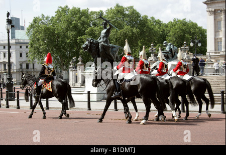 Household Calvary, Life Guards, at the Trooping the Colour Ceremony, Buckingham Palace London June 14th 2008 - Stock Photo