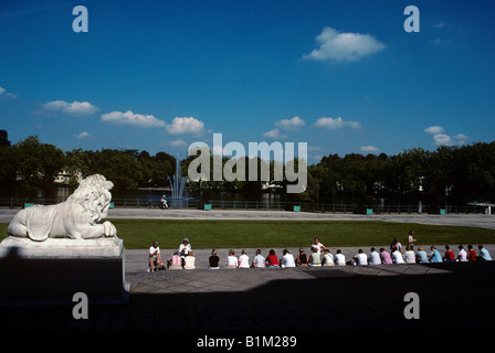 Tour Group in front of Benrath Palace. Dusseldorf, Germany - Stock Photo