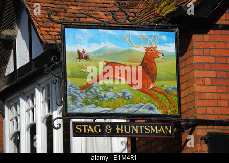 Stag & Huntsman Pub, Hambleden, Buckinghamshire, England, United Kingdom - Stock Photo