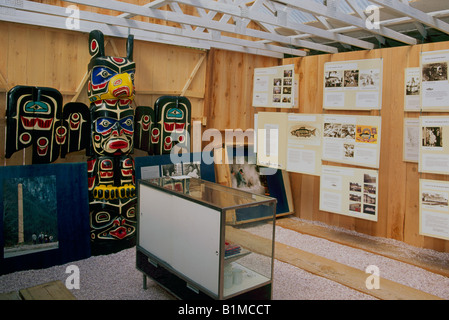 Pacific Northwest Plank Houses Artwork on pacific coast tribe houses, tlingit plank house, texas plank house, pacific northwest yurt, long kwakiutl plank house or house, plank small house, new england plank house, post northwest coast indian house, pacific northwest native american dwellings, a plank house, pacific coast native indian house, pacific northwest weed identification, native american plank house, northwest coast plank house, northwest coast indians wooden house,
