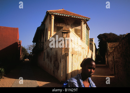 Senegal dakar french colonial building goree island for Chambre de commerce dakar senegal