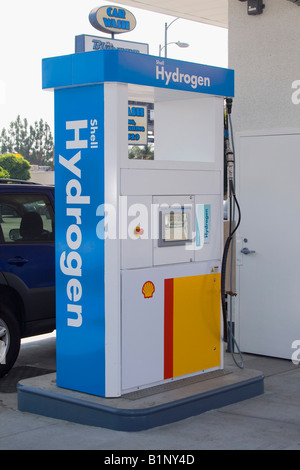 Shell station is the first retail Hydrogen refueling station in California, West Los Angeles USA. Opened June 26 - Stock Photo
