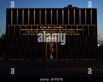 USA Oklahoma Oklahoma City The Murrah Federal Building bombing Memorial Park in April 1995 the Gate of Time structure - Stock Photo