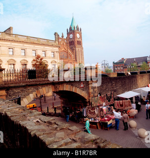 Derry City, Co Derry, Northern Ireland, Derry City Walls and The Guildhall - Stock Photo