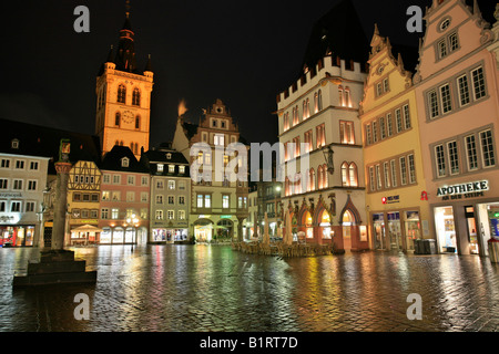 Main market square, the St. Gangolf Church, the market cross and the Steipe in the Roman town Trier, Rhineland-Palatinate, - Stock Photo