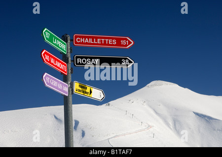 Signpost for slopes in front of Mont Joly, St Gervais Mont Blanc ski resort, Haute Savoie, France - Stock Photo