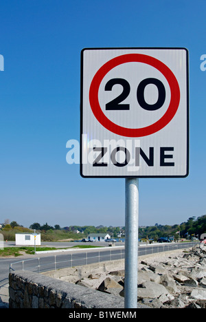 a 20 mile per hour zone at swanpool near falmouth,cornwall,england - Stock Photo