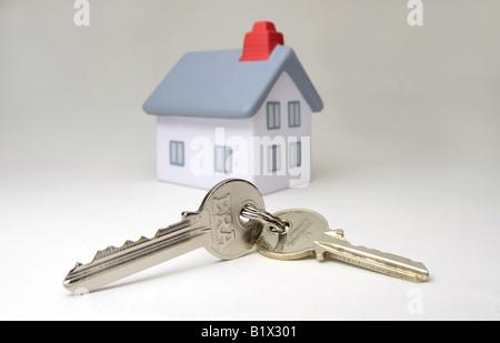 MODEL HOUSE WITH  FRONT DOOR KEYS,UK,BRITISH. - Stock Photo