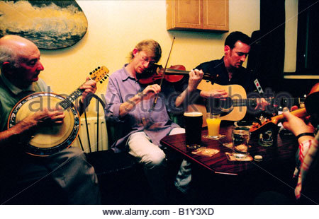 Irish musicians in pub called the Clew Bay on Achill Island, County Mayo, west Ireland. - Stock Photo