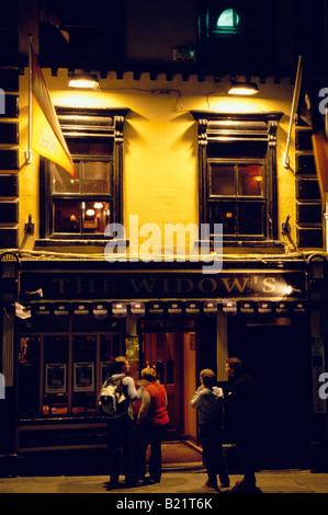Pubs Parliament Street Kilkenny Ireland Stock Photo