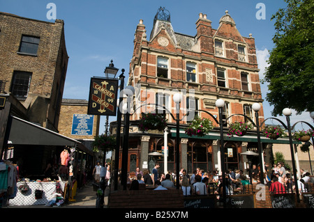 The Camden Head pub in Camden Passage, Islington, London, England, UK - Stock Photo