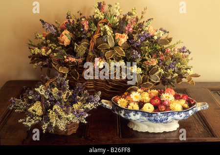 Roundhouse Surrey dried flowers in basket arrangement - Stock Photo