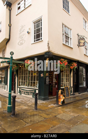 The Teddy Bear shop and tea rooms in Stonegate York - Stock Photo