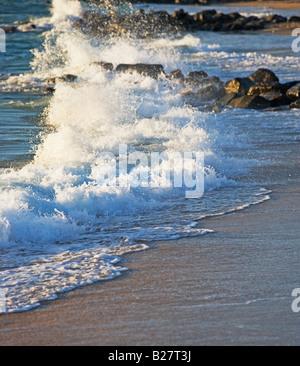 Waves crashing on shore - Stock Photo