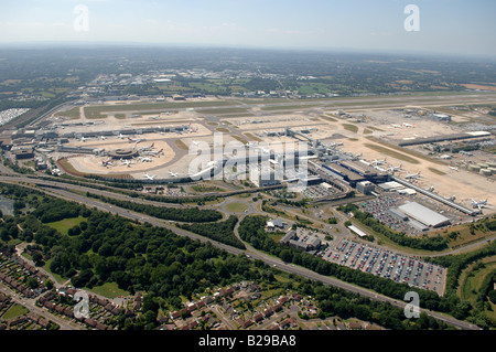 Gatwick Airport Date 12 03 2008 Ref ZB648 111149 0029 COMPULSORY CREDIT World Pictures Photoshot - Stock Photo