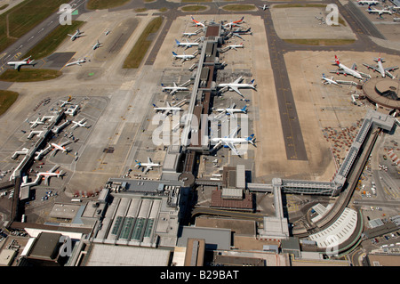 Gatwick Airport Date 12 03 2008 Ref ZB648 111149 0036 COMPULSORY CREDIT World Pictures Photoshot - Stock Photo