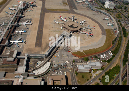 Gatwick Airport Date 12 03 2008 Ref ZB648 111149 0037 COMPULSORY CREDIT World Pictures Photoshot - Stock Photo